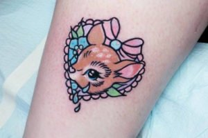 Ciervo tierno tatuaje